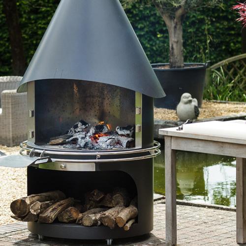 Novirtua Outdoor Fireplace