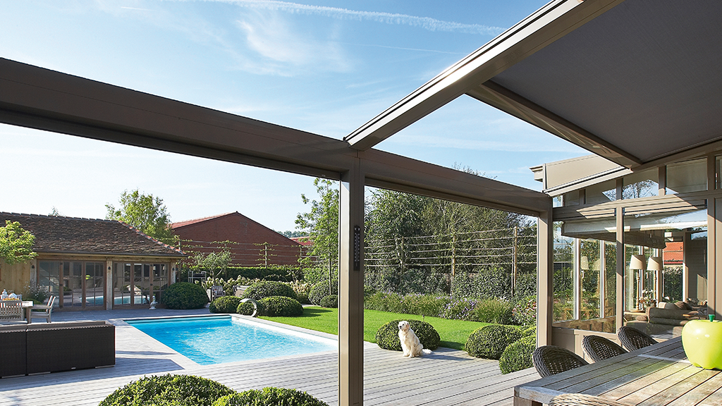 novirtua pergolas bioclimatiques protections solaires. Black Bedroom Furniture Sets. Home Design Ideas